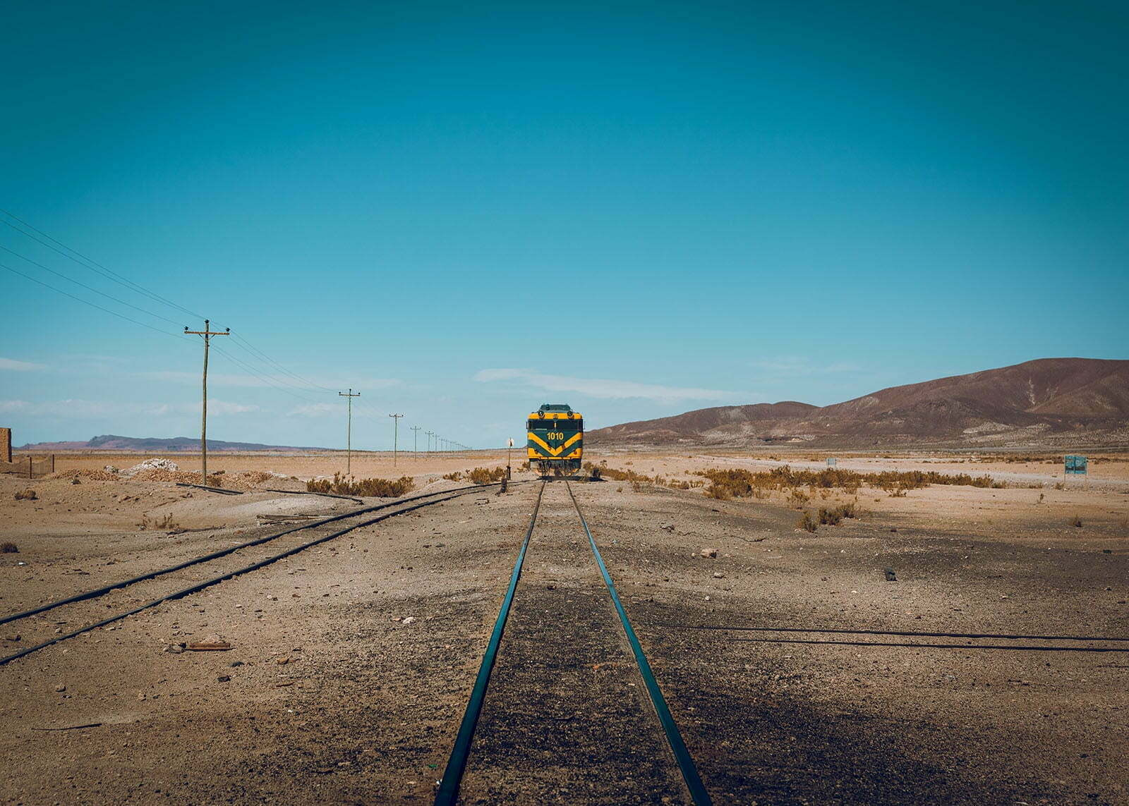 El tren se aleja de Julaca